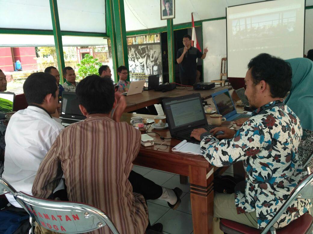 Admin Desa Pepedan Sedang Mengikuti Pelatihan Optimalisasi Website Desa di Kec. Moga